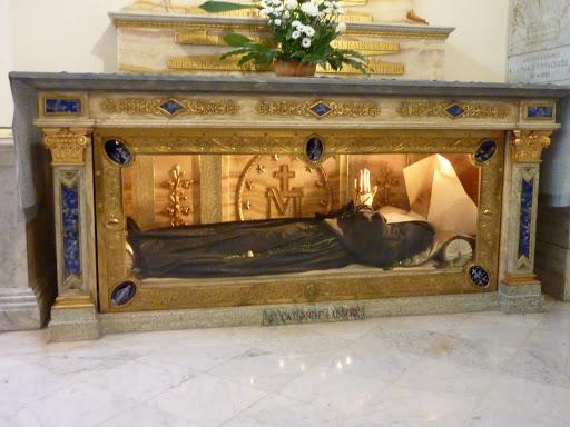 Incorrupt Body of Catherine Laboure
